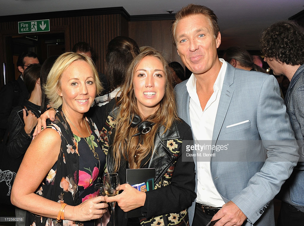 shirleyholliman-harley-moon-kemp-and-martin-kemp-attend-christian-furr-chris-bracey-private-view-45 park lane- dorchester-collection-staying-alive-neon-2013